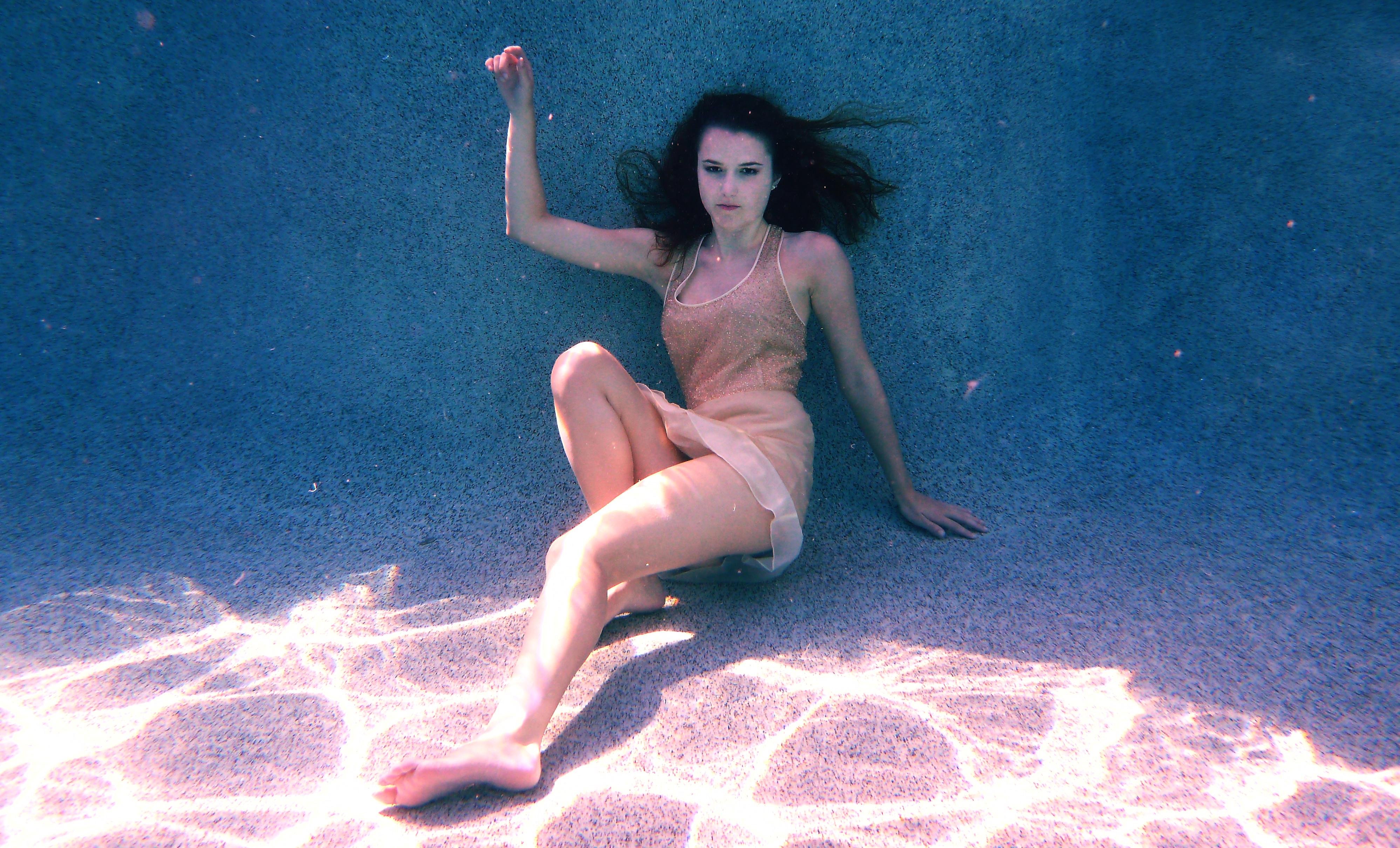 Nude swimming pool girl modelling #4